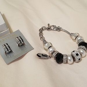 Bella Perlina charm bracelet and free earrings